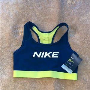 NWT Nike Swoosh Bra